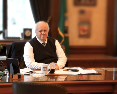 Treasurer-Davidson-in-his-office